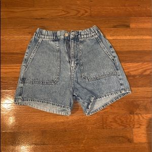 mom shorts size small